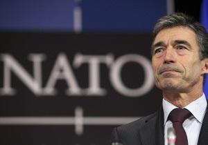 Расмуссен: У НАТО нет намерений вторгаться в Сирию