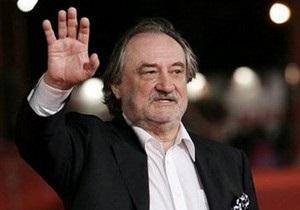 Коллеги-актеры о Богдане Ступке: Он каждый день приходил в театр, не мог без него жить
