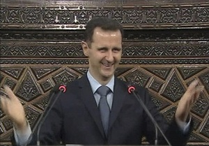 Президент Сирии объявил о прекращении всех военных операций в стране