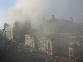 В горевшем элитном доме в центре Киева пропал свет
