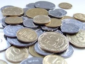 Средняя зарплата в Украине повысилась на 94 гривны
