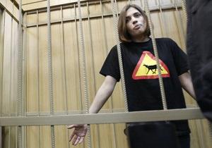 Две участницы Pussy Riot объявили голодовку