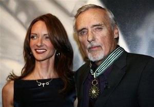 Больной раком актер Деннис Хоппер разводится с женой