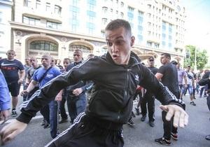 акция оппозиции - избиение журналистов - ПР обвинила оппозицию в том, что она допустила избиение журналистов на митинге