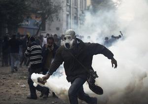 Жертвами столкновений демонстрантов с полицией в Каире стали 22 человека