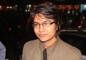 DW: Бангладеш затыкает рот блогеру, удостоенному международной награды