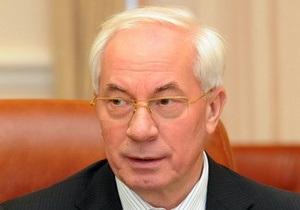 Азаров обещает, что Тимошенко получит всю необходимую медпомощь