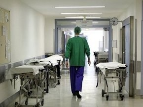 В Кременчуге в детской больнице жестоко избили пожилого врача