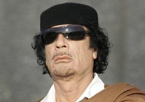 Каддафи заявил, что не собирается покидать Ливию