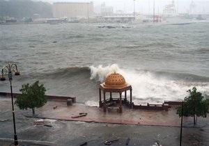 Жертвами циклона Томас стали 12 человек