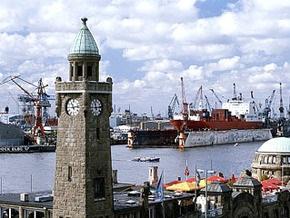 Бомба времен Второй мировой войны парализовала авиа и морское сообщение Гамбурга