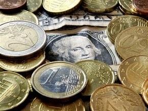 Наличный курс продажи: доллар достиг 8 грн, евро - 11 грн