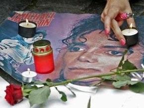 Адвокат врача Джексона заявил, что  врач перед смертью не вводил певцу сильное болеутоляющее