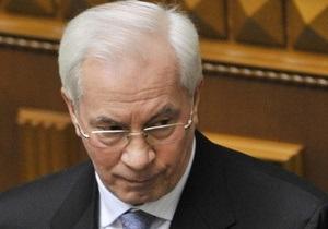 Азаров поручил Черновецкому благоустроить столицу ко Дню Победы