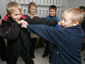 В американской школе детям запретили прикасаться друг к другу