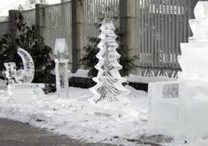 В Киевском зоопарке открылась выставка ледовых фигур