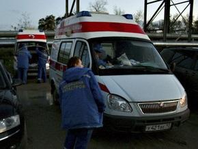 В России сотрудник МЧС на автомобиле врезался в колонну солдат