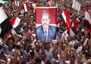 После гибели американца США советуют отказаться от посещений Египта - мурси - беспорядки в Египте