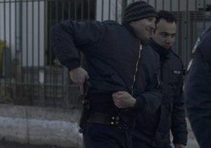 В Греции мужчина, потерявший работу, 12 часов удерживал бывших коллег в заложниках