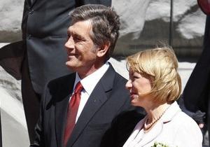 Жена Ющенко опровергла информацию о его болезни