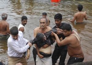 Крушение судна в Бенгальском заливе: число погибших превысило 50 человек