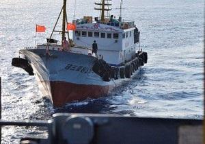 Китайский военный корабль обстрелял вьетнамское рыболовное судно
