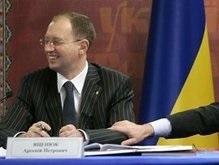 Яценюк хочет, чтобы его подвинули, когда он станет пенсионером