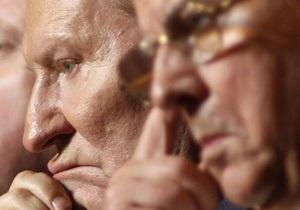 Кравчук: Кучма должен был уйти в отставку в 2001 году