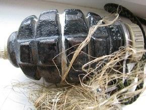 В Крыму ученик принес в школу боевую гранату