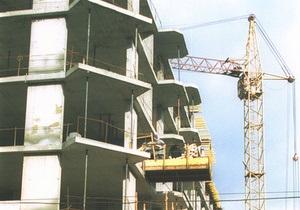 В Мариуполе неизвестные похитили строительный кран