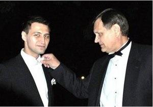 СМИ: Ландик угрожает журналистам, написавшим о драке его сына с девушкой