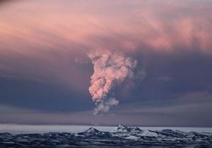 Метеорологи: Облако вулканического пепла этой ночью снова вернется в Британию и Ирландию