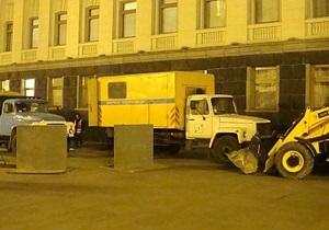 УП: В Администрации Януковича прорвало трубу