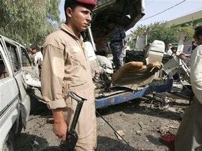 Не менее 8 человек стали жертвами взрывов в Ираке
