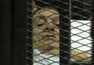 Мубарак и его сыновья отвергли все обвинения в свой адрес