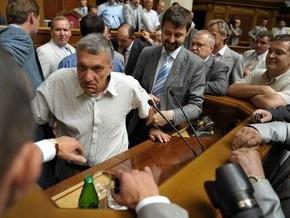 Рада отказалась признать недопустимым блокирование депутатами парламента