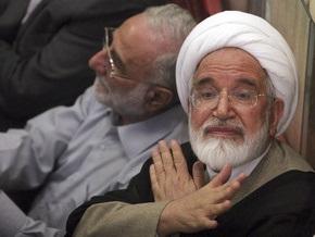 Один из лидеров иранской оппозиции призвал Ахмадинеджада разрешить акции протеста