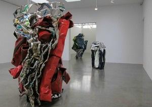 Умер американский скульптор, превращавший части машин в произведения искусства