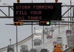 Ураган Алекс достиг второй категории опасности и движется к Техасу