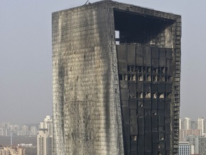 Пожар в пекинском отеле произошел из-за фейерверка