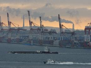 Военный корабль США столкнулся с японским судном
