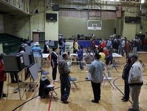 В США начались выборы в 12 штатах