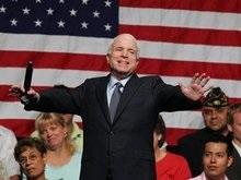 Маккейн пообещал $300 млн изобретателю нового автомобильного аккумулятора