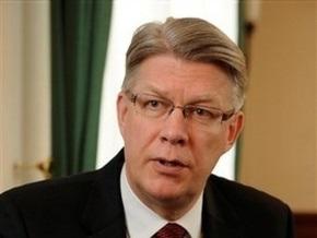 Президент Латвии прекратит разговаривать с журналистами на русском языке