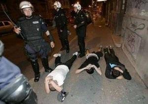 Митинг в защиту Младича закончился столкновениями с полицией
