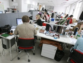 Gartner: половина крупных компаний блокирует своим сотрудникам доступ к социальным сетям