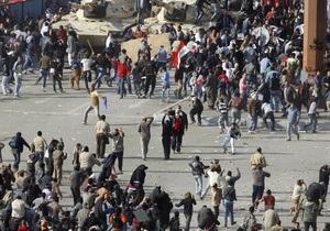 СМИ: В Каире возобновились ожесточенные столкновения