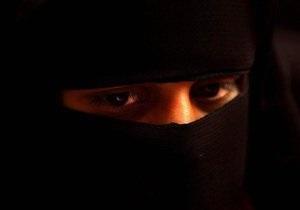 Мусульманкам разрешили фотографироваться на российские документы в хиджабах