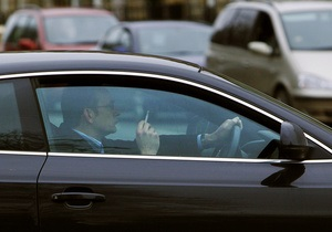 В Раде зарегистрирован законопроект о запрете курения за рулем