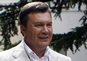 Янукович присвоил воинские звания начальнику Генштаба ВСУ и командующему ВМС